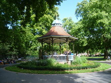 Camberwell, Myatts Fields Park bandstand, London © Marathon
